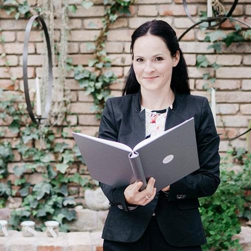 Madeleine Dietrich